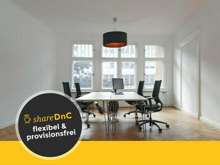 Desks in shared office in a typical Berlin-style Altbau in Kreuzberg - All-in-Miete