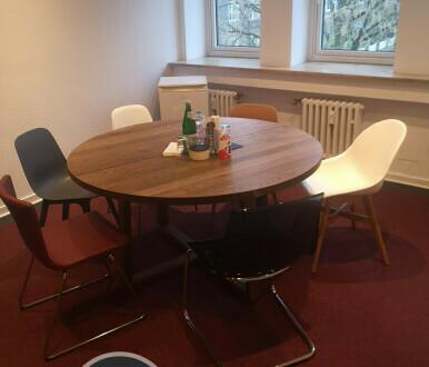 Schöne, helle Büroräume im Krefelder Bismarckviertel! - All-in-Miete