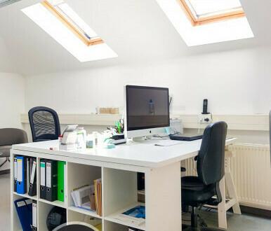 helles Bürozimmer direkt am Großen Garten - All-in-Miete