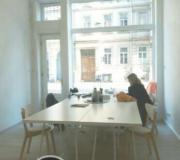 Arbeitsplatz in netter Bürogemeinschaft / Co-Working-Space - All-in-Miete