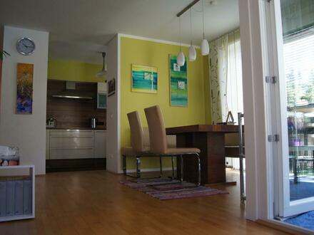 Sonnige, ruhige und möblierte 4-Zimmer-Wohnung (101m2)