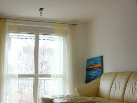 Helle, gemütliche und schöne Wohnung (ohne Makler!)