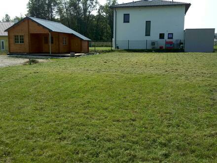 Traumhaftes Baugrundstück am Naturschutzgebiet ALM, inkl. 50m² Blockhütte - PRIVATVERKAUF