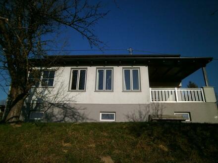 Haus gesamt oder 2 Wohnungen einzeln im Grünen zu vermieten, ruhige Lage