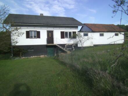 Kleines Haus in Ruhiger Lage mit Grund zu verkaufen 175000 Euro