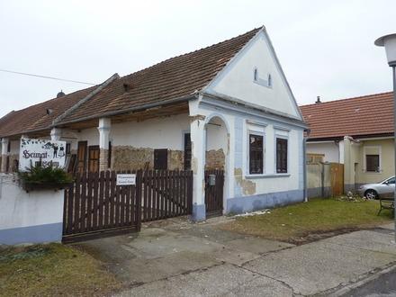 Historischer Arkadenhof unter Denkmalschutz auch als Steuermodell