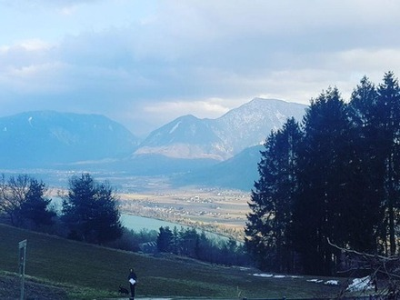 Seeblick- Traumaussicht -Panoramaausblick ins Thal, Berge und See