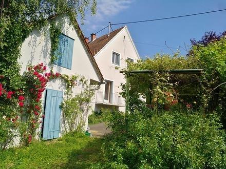 Liebevolles Haus mit großem Garten am Rande von Fehring