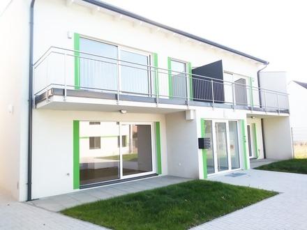 Helle und moderne Eigentumswohnung mit Balkon und Parkplatz - PROVISIONSFREI