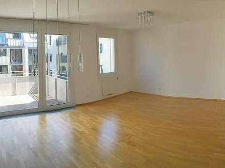 PROVISIONSFREI – Sonniger Schönbrunner Wohntraum mit idealer Raumaufteilung und Balkon