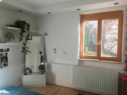 Haus mit Garten 12 min von Westbahnhof 750 Euro warm