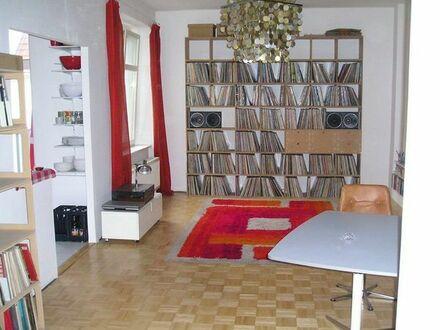 Zwischenmiete 2-Zi. Altbau Wohnung in Friedrichshain 01.05.2019 bis 30.04.2020