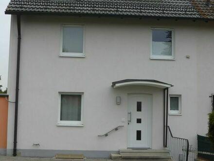 Doppelhaushälfte mit schönem Garten - 80qm plus ausgebauter Dachboden
