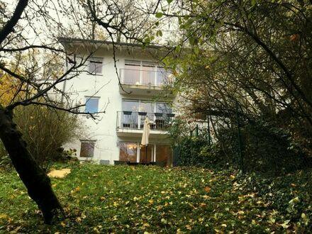 Architektenhaus mit weiterem Bauplatz und traumhaftem Grundstück in exklusiver und bevorzugter Lage