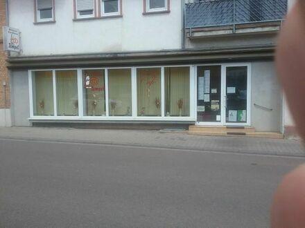 Laden / Büro zu vermieten