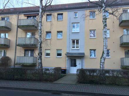 Günstige 2-Zimmer-EG-Wohnung m. Balkon in Hohenmölsen ohne Makler