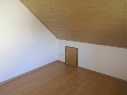 2,5 Zimmer Dachgeschosswohnung, ca 65 qm in Gütersloh Spexard ab sofort/nach Absprache zu vermieten