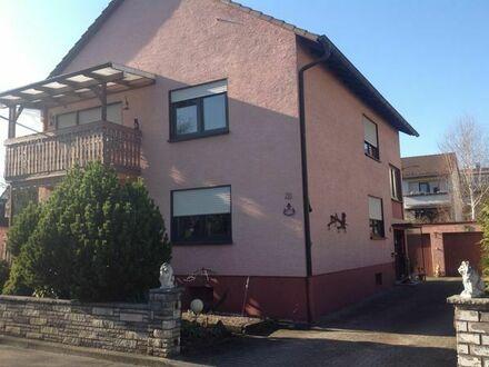 Freistehendes Zweifamilienhaus in Ettlingen-Bruchhausen sucht geschickte Hände