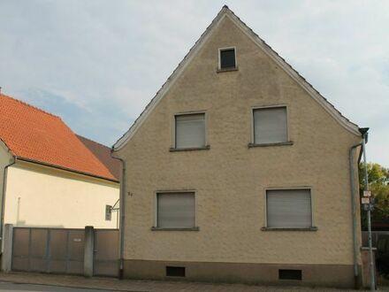 Freistehendes Haus in ruhiger Lage mit großem Grundstück
