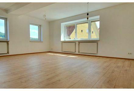 Komplett renovierte 5-Zimmer-Wohnung im Herzen Schnaittachs (Verkauf von Privat)