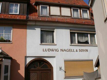 Denkmalgschütztes Einfamilienhaus mit Scheune und Werkstatt