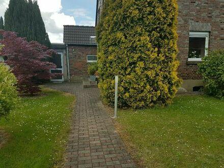 Doppelhaushalte in Bergheim Niederaußem mit 664qm Grundstück von Privat