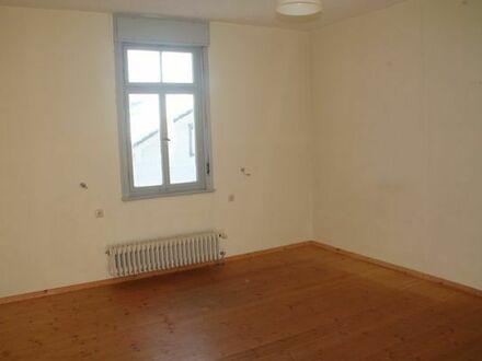 Zimmer in familiär geprägter WG - 19qm Altbau