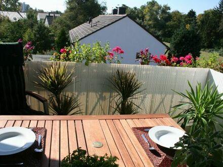 Möblierte Dachgeschosswohnung im Karlsruher Märchenviertel