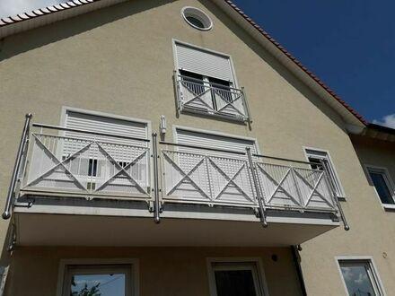 Schöne, geräumige drei Zimmer Maisonetten-Wohnung in Südliche Weinstraße (Kreis),