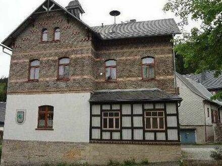 großes EFH ZWH VILLA 6 Zimmer zu vermieten von Privat