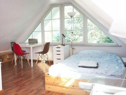 48qm möblierte 2-Zi. Wohnung mit Balkon und Terrasse in Pasing