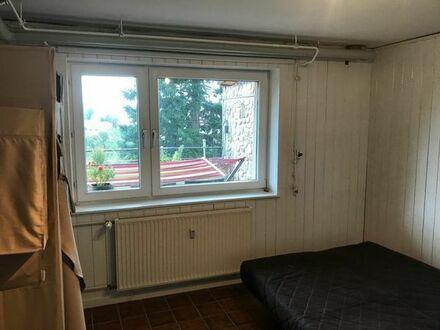 Zimmer mit Miniküche und geteiltem Bad nur für Wochenendheimfahrer