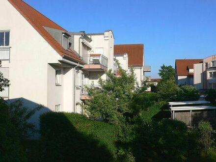 Helle, sehr ruhige, 2-Zimmer-Wohnung voll möbliert in Erlangen zu vermieten