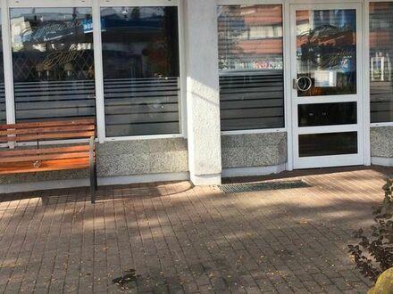 Ladengeschäft /Gewerbe/ Zu Vermieten in Limburgerhof 1 A-Lage