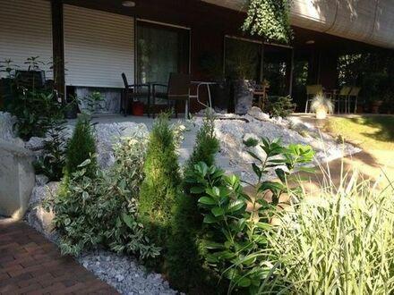 1 Zi-Appartement mit Terrasse, Gartenanteil, Pool und Sauna in Solln Prinz-Ludwigs-Höhe, ab. 1.6.