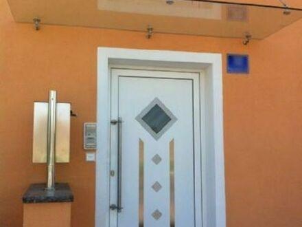Hochwertiges Mehrfamilienhaus 11 Zimmer Bodenheizung uvm.