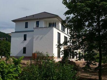 NEUBAU / Erstbezug: 2-Zimmer Dachgeschosswohnung im DG mit großer Dachterrasse WHG 06