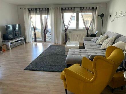 Schöne 2 Zimmer Wohnung in Eggenstein mit Balkon, EBK und TG Stellplatz