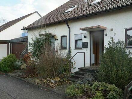 Schöne Doppelhaushälfte mitten im Grün von Erdmannshausen