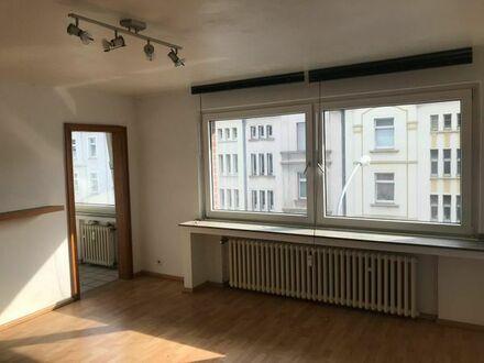 Schöne und ruhige 1,5 Zimmerwohnung in Duisburg-Wanheim zu vermieten