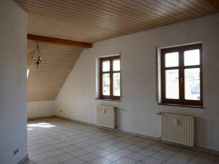 KIB-Kriegsfeld :sehr schöne und helle 2,5 Z DG-Wohnung, bezugsfrei