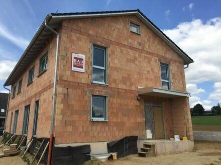 Neubau-Doppelhaushälfte zur Vermietung
