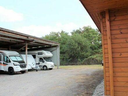 141m² Bürofläche im Blockbohlenhaus mit großem Grundstück als Kanzlei, Praxis, oder auch zum Wohnen.