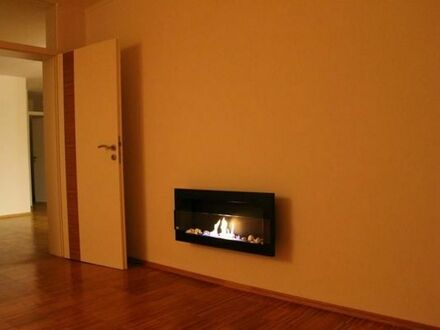 Liebevoll gestaltete 3,5 Zimmer WG mit 86qm und Bambus - Böden