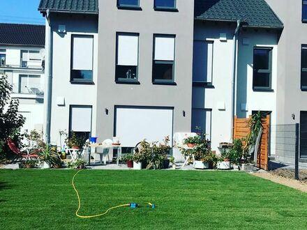 AIRCONDITION ! Neubau - Wohnhaus in angenehmer Wohngegend und gut situierter Nachbarschaft