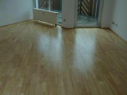 DG Wohnung in Eckental/Eschenau --)Schulstraße