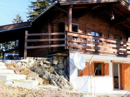 Holzblockhaus als 2.Wohnsitz + 1000 qm Waldhangfelsgrundstück