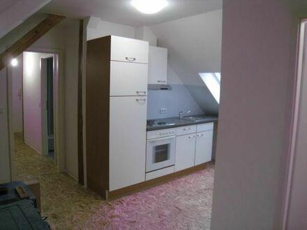 Dachgeschoß saniert, Bodenfl. ca. 78qm