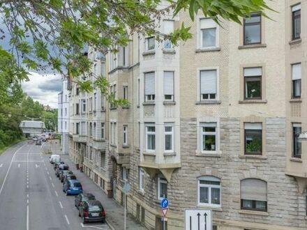 +++ Möbliert - Nahe DAIMLER - hochwertig im Denkmalschutz-Altbau - zentral am Neckar +++