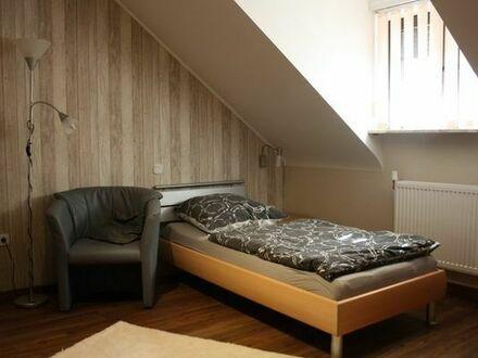 Wohnen auf Zeit in Frankenthal: 1 Zimmer in Wohngemeinschaft